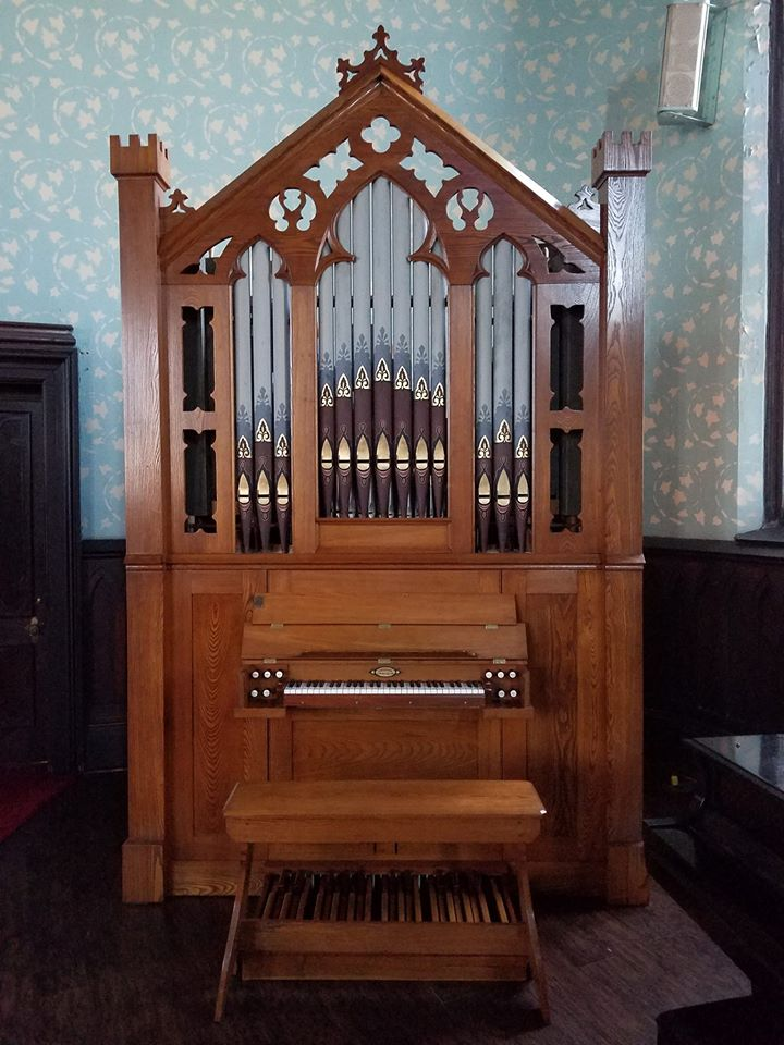 Evansville AGO's Giesecke organ, restored in memory of